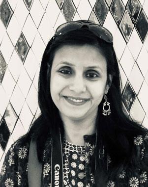 <h6><strong>Varsha Gupta</strong></h6>